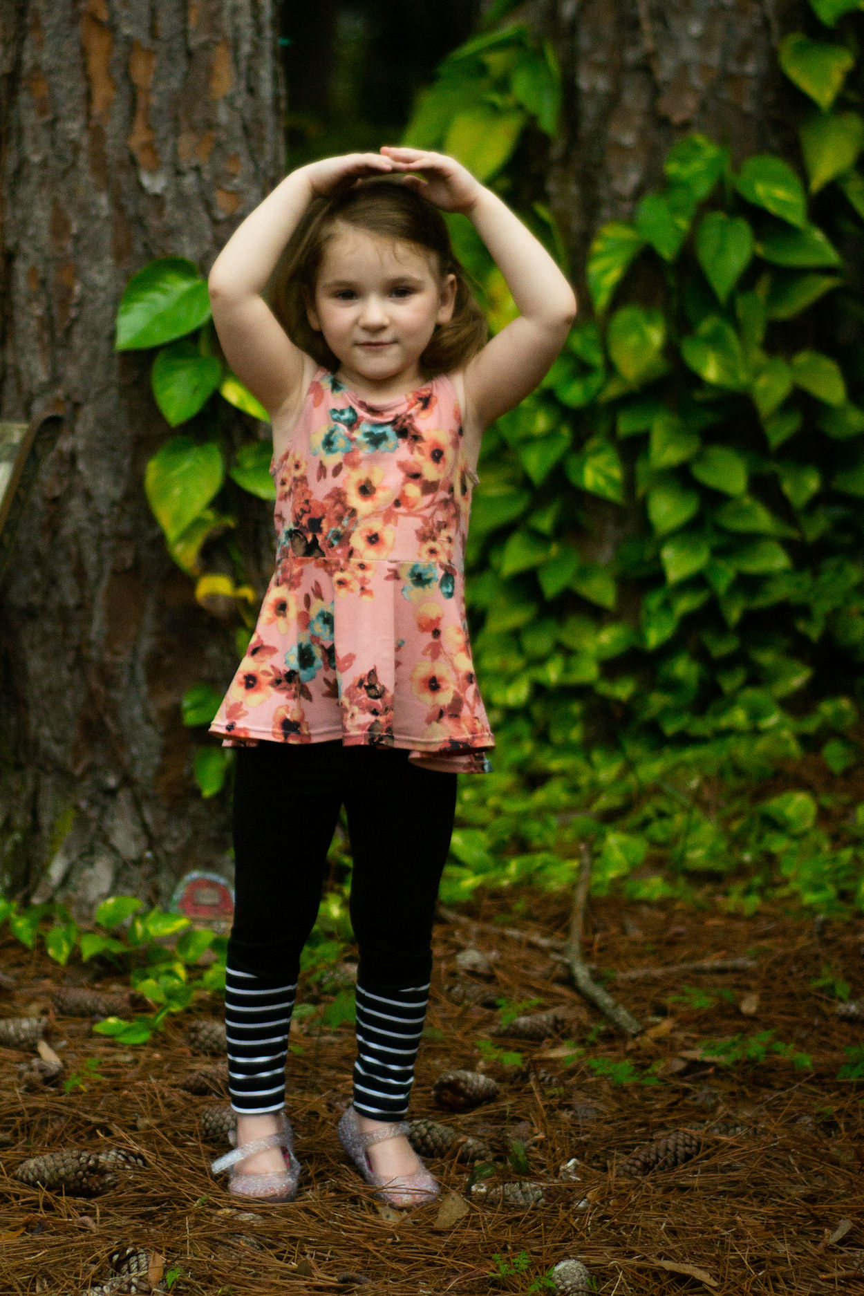 Rocky Shore tights for gymnastics or play. Lower panel with slight angle for colour blocking. Shown with Dandelion tank.