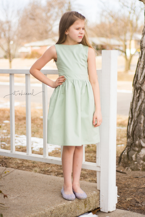 Juniper bow back dress with tuxedo style bow. Gathered skirt dress with boatneck vintage style.