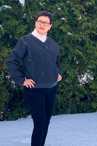 Miss Rose Hip in view A with neckband and welt pockets. Junior Miss sizes 0-20 from Sofiona Designs.