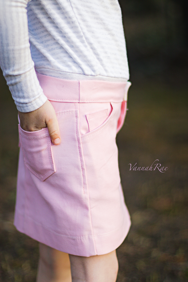 Modern yet classic pink skirt with all the pocket options.