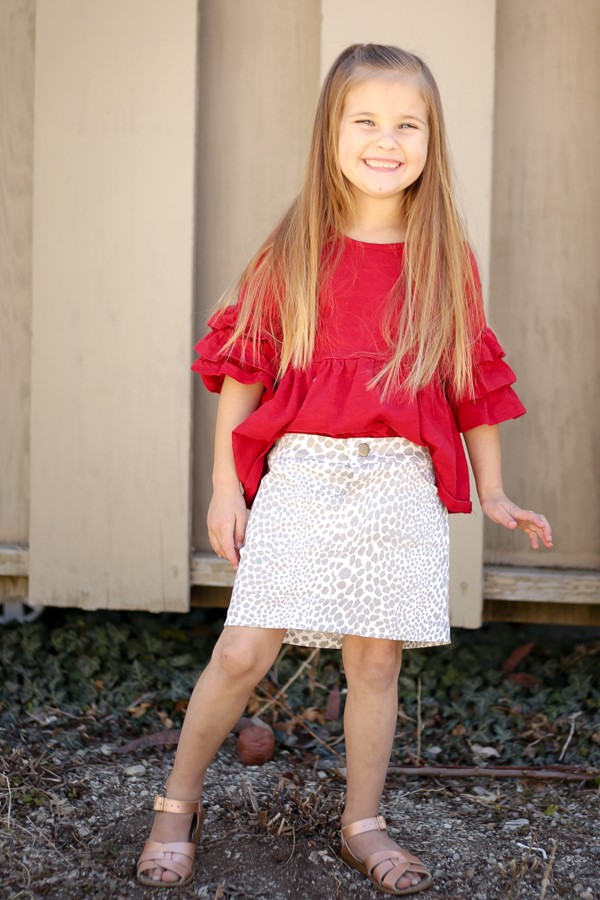 Classic jean skirt in printed fabric.  Great wardrobe staple!