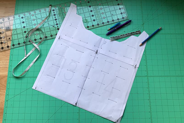 How to transfer bubble tuck marks for the Miss Haze dress by Sofiona Designs.