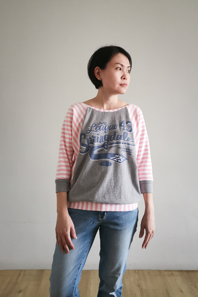 A raglan sweater with batwing sleeves. Upcycling old t-shirts with PDF pattern for junior miss sizes 0-20 by Sofiona Designs.